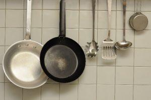 キッチンのフライパン