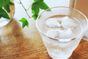冷たい炭酸水